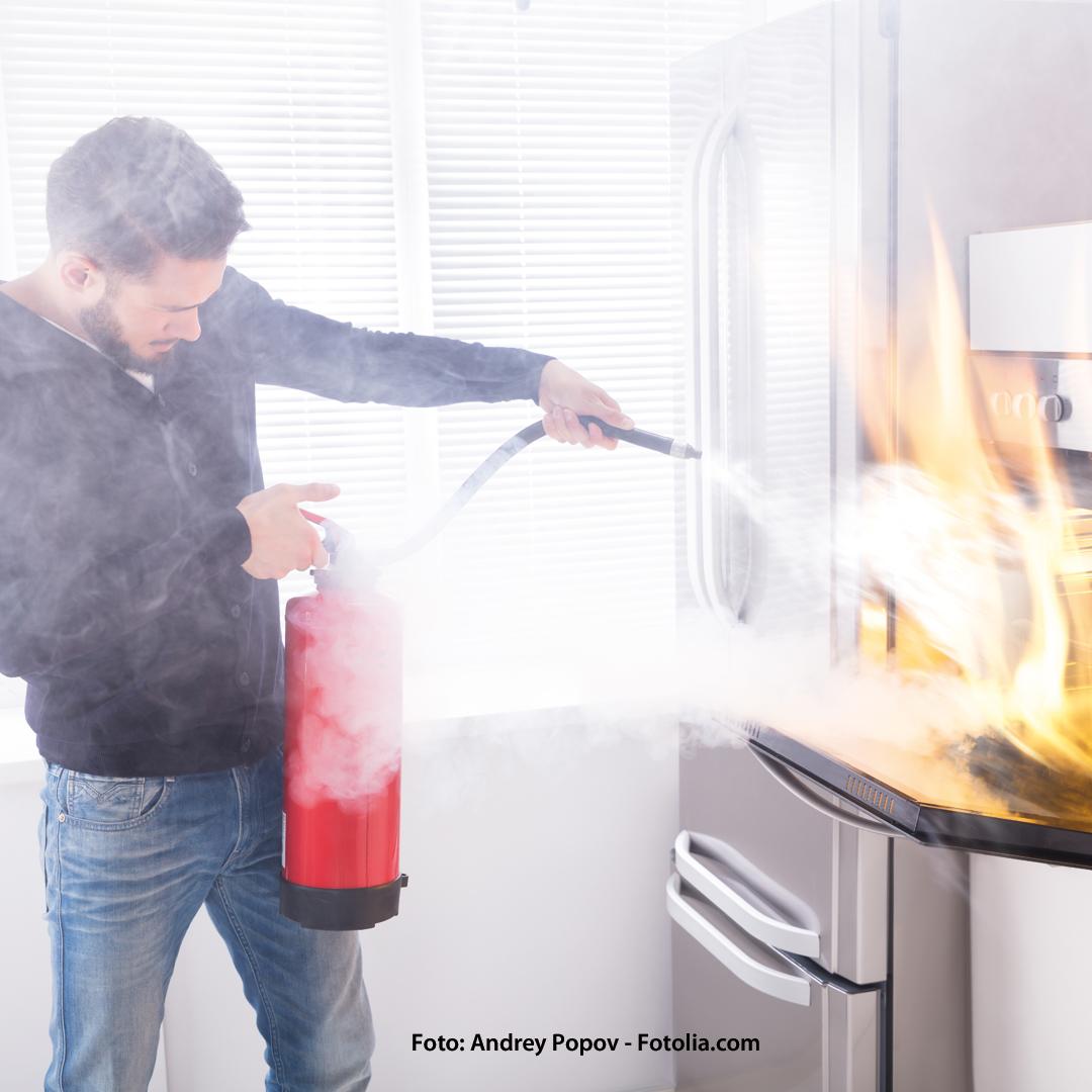 Brandschutz in Haus und Wohnung: Alle 2 bis 3 Minuten brennt es in deutschen Wohnungen.