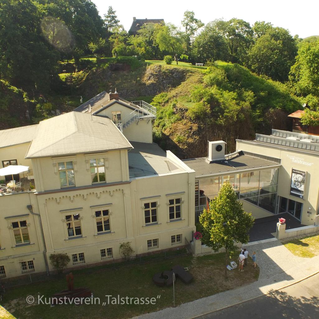 """Kunstverein """"Talstrasse"""" e.V. - Das Ausstellungsjahr 2020 steht im Zeichen der Mode"""