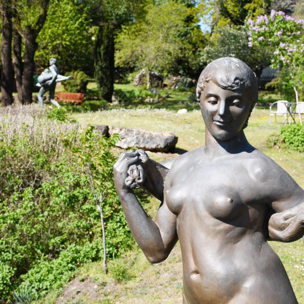 Der Felsengarten in Halle verbindet Gartenarchitektur und Kunst