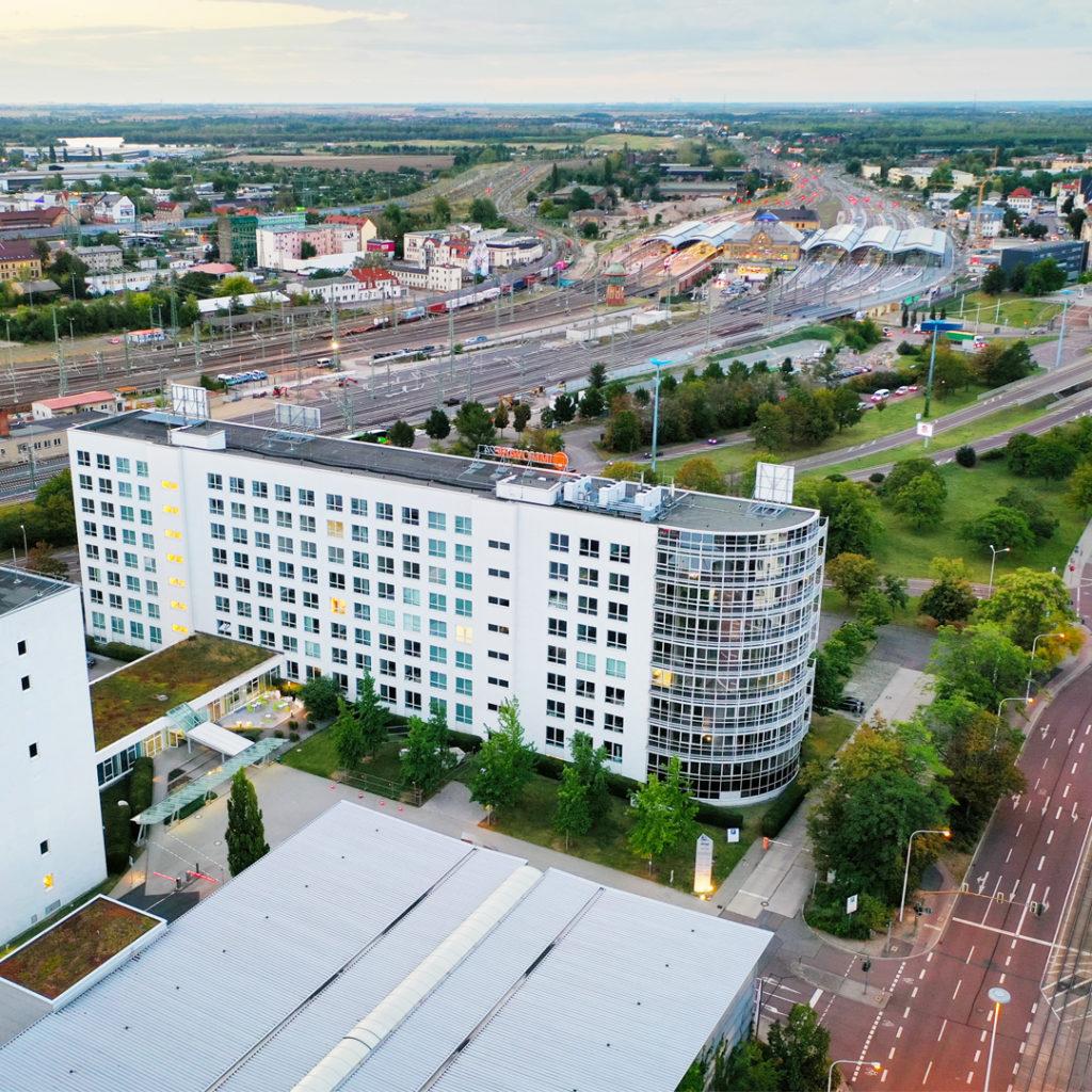 3.750m² Bürofläche am Riebeckplatz Halle wurden in dem markanten Bürogebäude RIEBECK No. 51 vermietet. Die Bürohaus ist mit der jüngsten Ansiedlung voll vermeitet.