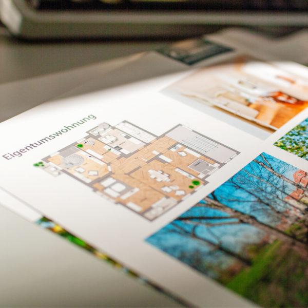 Die Basis für erfolgreiche Werbemaßnahmen ist zu allererst ein aussagekräftiges Exposé mit sämtlichen Informationen zur Immobilie, Grundrissen und Fotos.